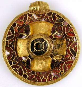 The Canterbury Pendant, early 7th century