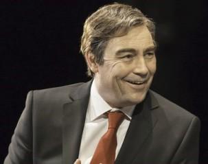 Gordon Brown (Nathaniel Parker)