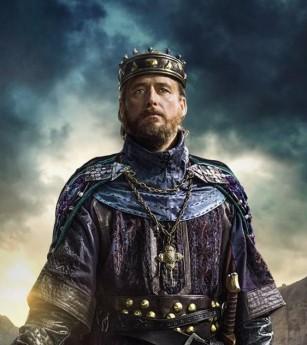 King Ecbert (Linus Roache)