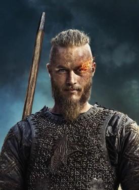 Ragnar (Travis Fimmel)