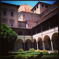 The peaceful cloisters of San Lorenzo