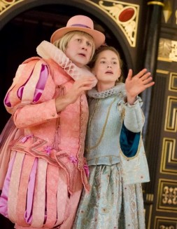 Master Humphrey (Dickon Tyrrell) and Luce (Louise Ford)