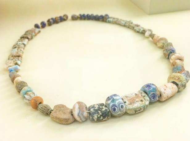 Babylonian necklace of beads, Pergamonmuseum, Berlin