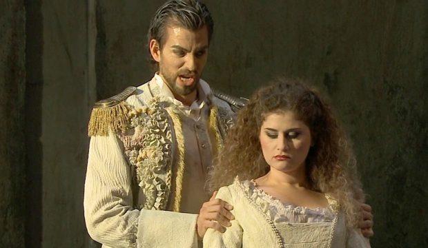 Marziano (Vittorio Prato) and Salustia (Serena Malfi)