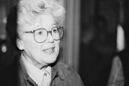 Dorothy Dunnett © Olive Millward. With thanks to the Dorothy Dunnett Society