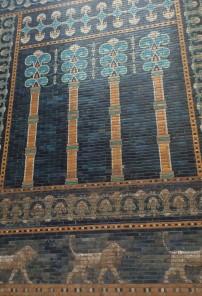 Patterns on the tiled façade of Nebuchadnezzar's throne room, Pergamonmuseum, Berlin