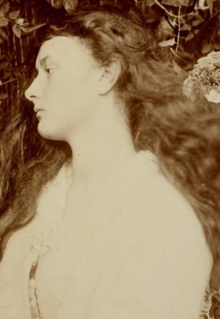 Julia Margaret Cameron, Pomona (Alice Liddell at Twenty), 1872