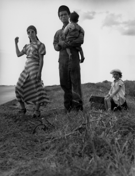 Dorothea Lange, Family on the Road Oklahoma, 1938 ('Hitchhiking from Joplin Missouri to a sawmill job in Arizona')
