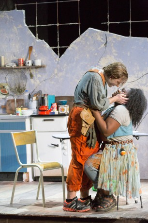 Joacim (Patrick Terry) and Susanna (Masabane Cecilia Rangwanasha) © ROH 2020 / Photography by Stephen Cummiskey