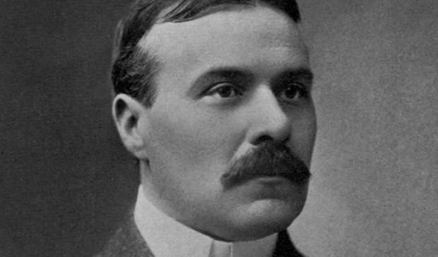 Robert W Chambers (long)